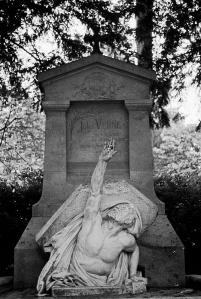 Jules Verne, tumba