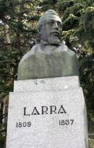 Mariano José de Larra : Estatua de Madrid